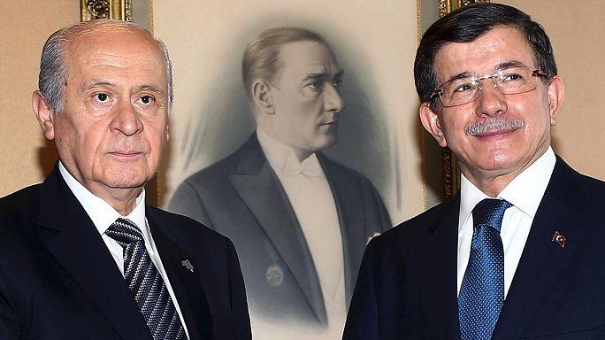 """Премьер-министр Турции: создать правящую коалицию """"не представляется возможным"""""""