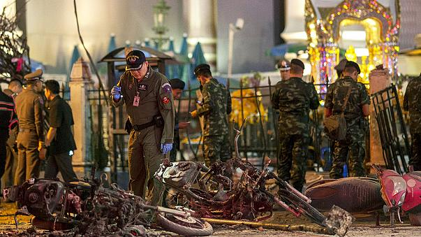 Thai government vows to hunt down Bangkok bombers