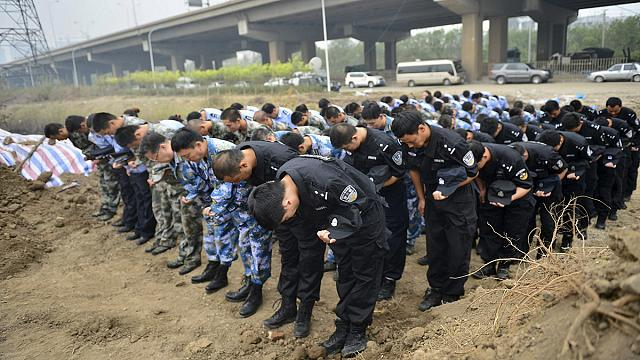 Çin'deki patlamada ölenler için anma programı