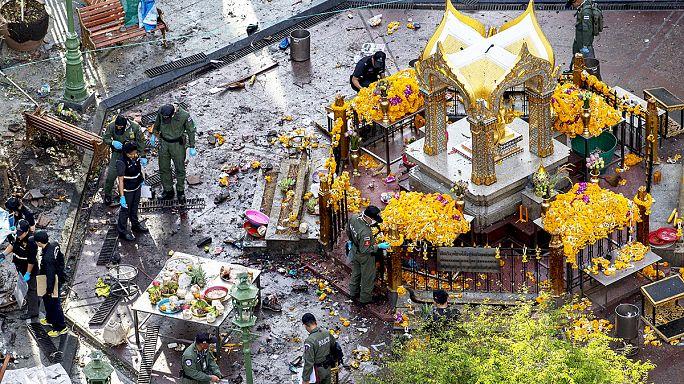 السلطات التايلاندية تبحث عن مشتبه به في تفجير الضريح الهندوسي