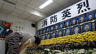 Η Κίνα αποτίει τιμή στους νεκρούς της Τιαντζίν