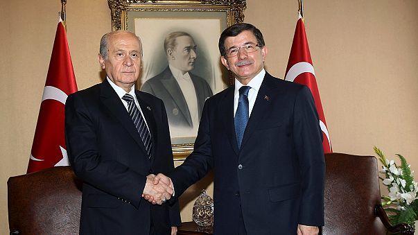 """""""Turquía se dirige rápidamente hacia la celebración de elecciones anticipadas"""""""