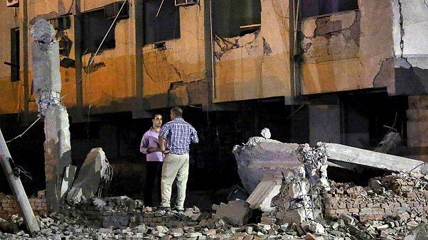 Robbantás a kairói biztonsági szolgálatok épületénél