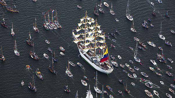 قایق ها در 'سیل آمستردام' بادبانها را برافراشتند