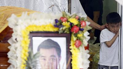 Bangkok bombing: a son's last moment with his father