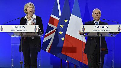 Britain, France seek to tackle Calais migrant crisis