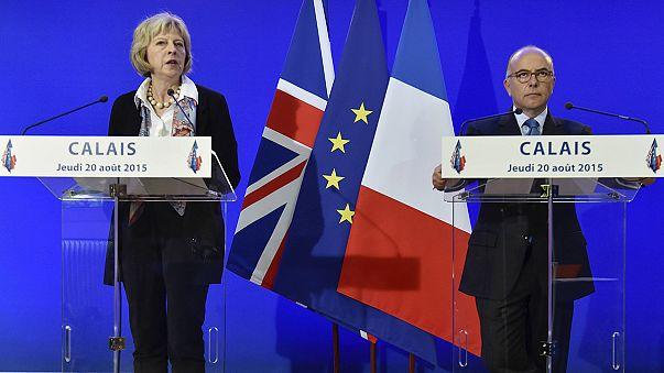Великобритания и Франция подписали соглашение о сотрудничестве по проблеме нелегальных мигрантов