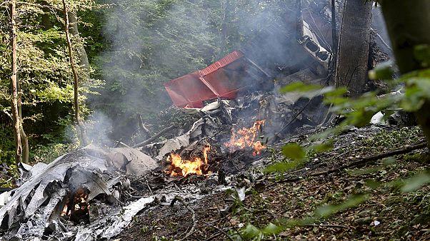 Siete muertos en Eslovaquía al chocar dos aviones que transportaban paracaidistas