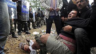 Македонская полиция предотвратила прорыв границы мигрантами со стороны Греции