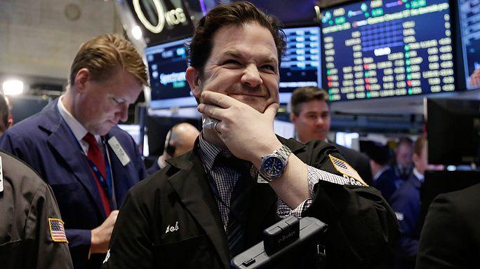 Világszerte eladói nyomás alatt a piacok