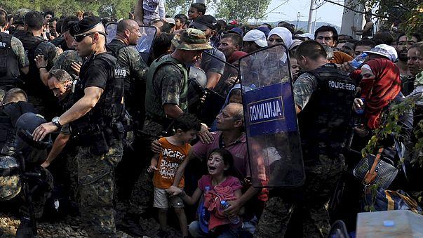 Migrants : la police macédonienne bloque tout passage avant de se raviser