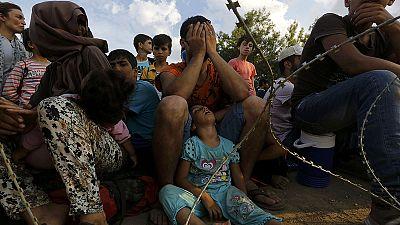 Refugiados entram na antiga República jugoslava da Macedónia com destino à Sérvia
