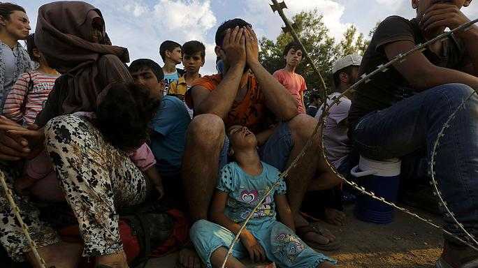 Нелегалы штурмуют границы ЕС
