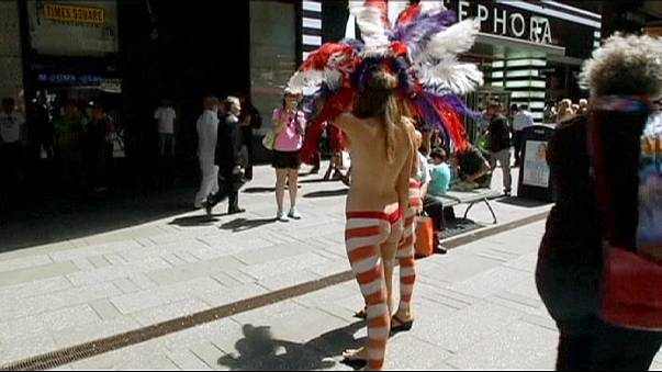 New York: toplessness in Times Square could change forever