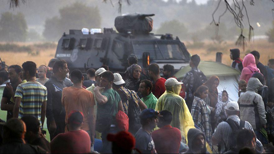 Macedónia tenta controlar entrada de migrantes