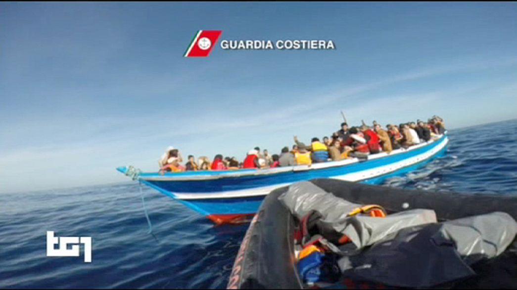 Dramma dei migranti: tremila salvati al largo delle coste libiche