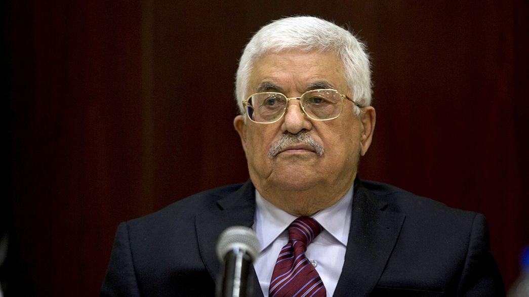 Mahmoud Abbas lascia la guida dell'Olp ma rimane presidente della Palestina