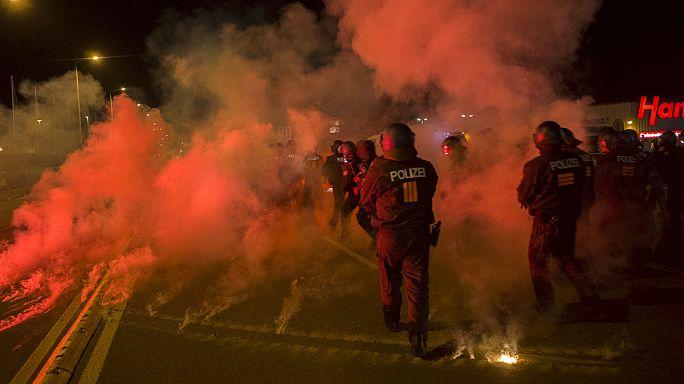 Situation tendue à Heidenau en Allemagne entre extrême-droite et pro-réfugiés