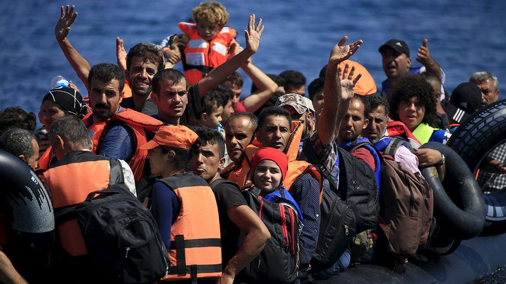 Refugiados sirios llegan en masa a la isla griega de Lesbos desde Turquía