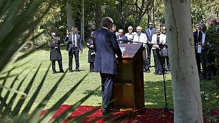 Londres e Teerão reabrem embaixadas