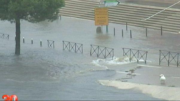 بارش باران و سیل در جنوب فرانسه جان سه نفر را گرفت