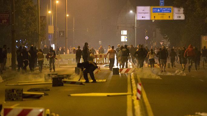 Almanya'da saldırıya uğrayan göçmenler güvenlik çemberine alındı