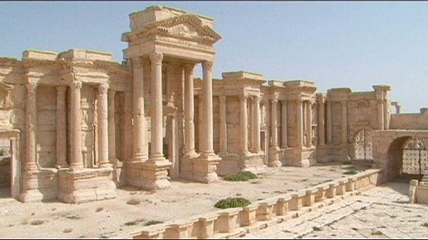 داعش تفجر معبد بعل شامين في تدمر