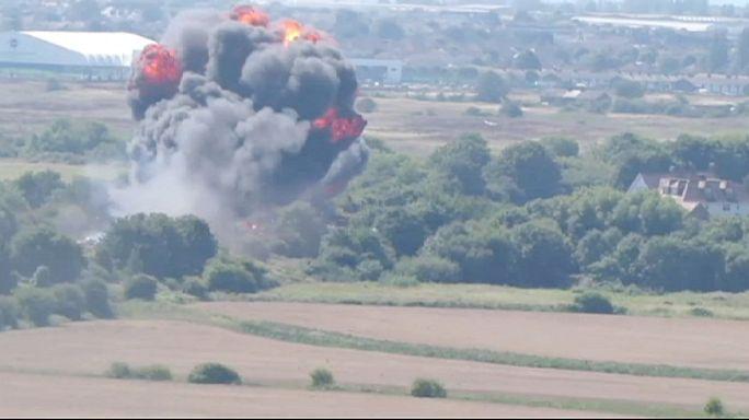 Shoreham: sokkal több a halott a sztrádára zuhant vadászgép alatt
