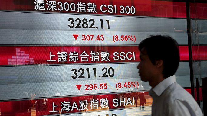 Chine : la dégringolade des marchés boursiers se poursuit
