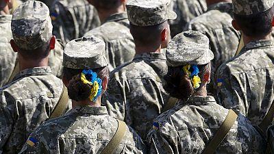 L'Ukraine célèbre la fête nationale sur fond de conflit dans l'Est