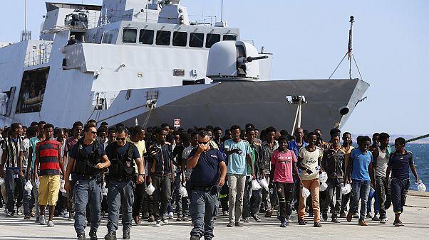 Immigrazione: decine i minori non accompagnati sbarcati in Sicilia
