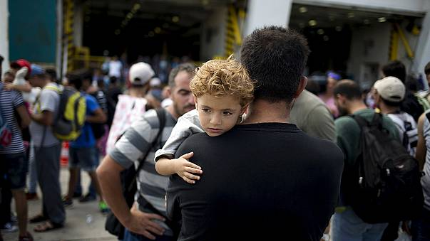 EU calls for solidarity in dealing with the migrant crisis
