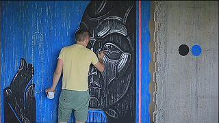 Sergiy Radkevych schafft religiöse Graffiti in der Ukraine