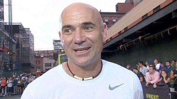 Теннисные звезды на улицах Манхэттена