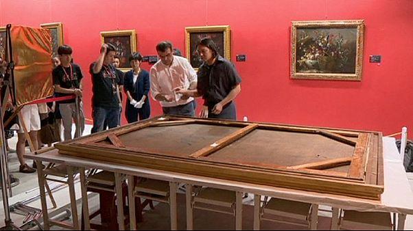 Il tombe dans un musée et déchire un tableau d'un million d'euros