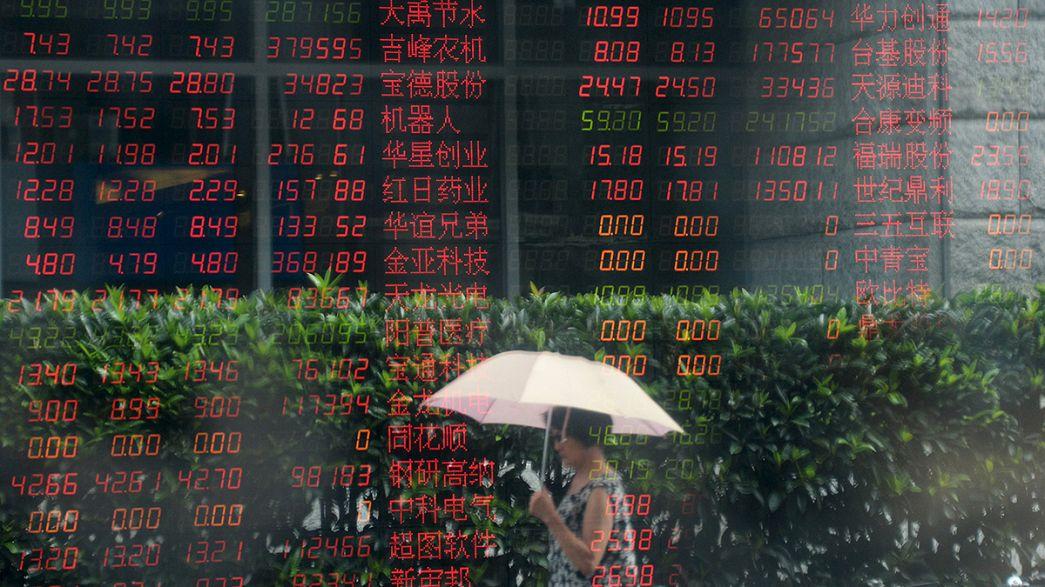 Bolsas europeias voltam a abrir no vermelho