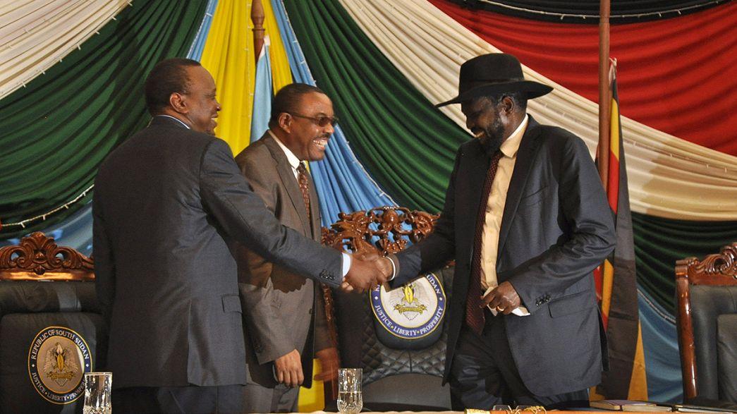Soudan du Sud : le président Salva Kiir signe l'accord de paix, mais émet des réserves