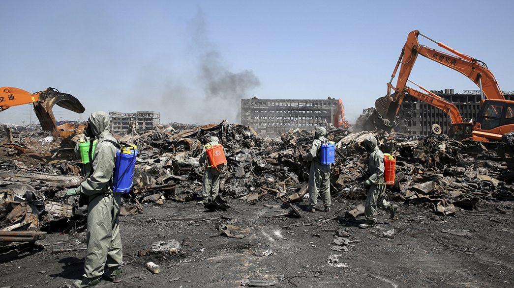 China: 12 detidos em inquérito de explosões de Tianjin