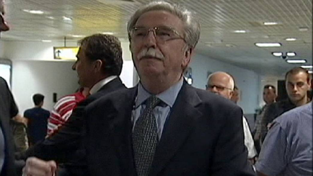 القائد الصربي نيكولا سينوفيتش يعود إلى بلاده من سجنه السويدي