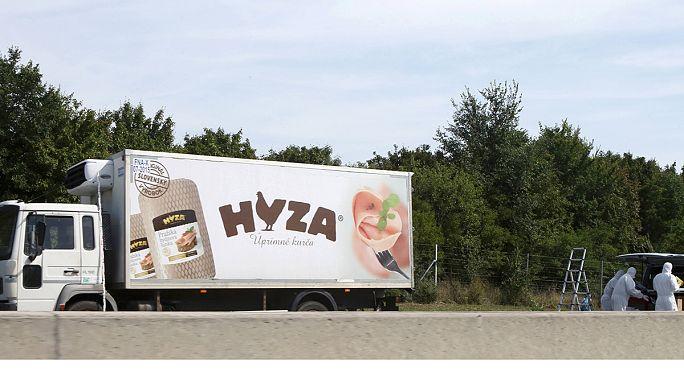 Másfél-két napja haltak meg a magyar hűtőkocsiban felfedezett menekültek