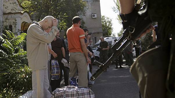 Troca de prisioneiros no leste da Ucrânia