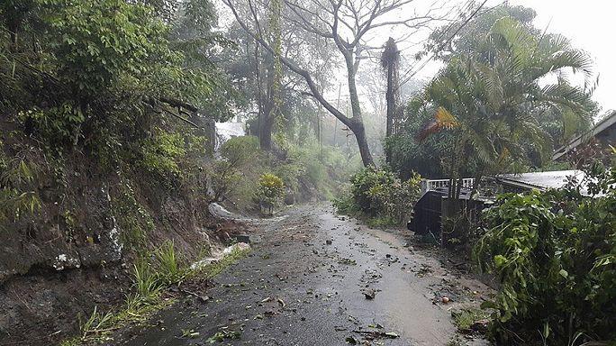 عاصفة أوريكا تودي بحياة أربعة أشخاص