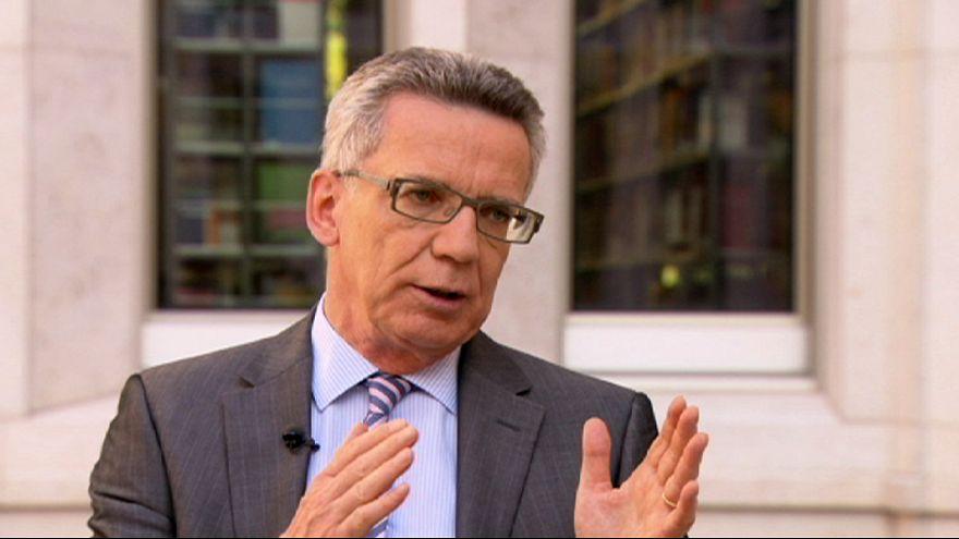 Zur Flüchtlingskrise heute Abend: Thomas de Maizière im euronews-Interview