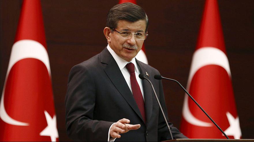 Türkiye'de seçim hükümeti açıklandı, Arınç ve Babacan yok, Türkeş Başbakan Yardımcısı