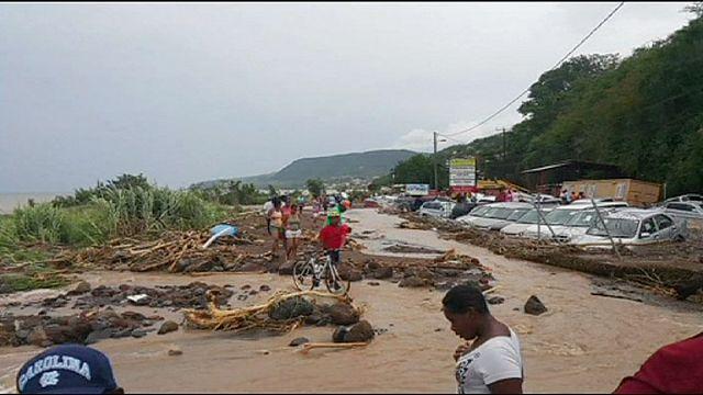 العاصفة أوريكا تخلِّف 25 قتيلا وعشرات المفقودين في جمهورية الدومينيكانً