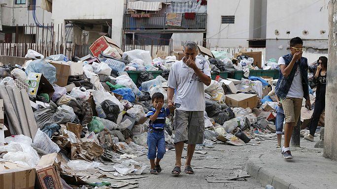 """Crise des ordures : """"Vous puez"""" mobilise au Liban"""