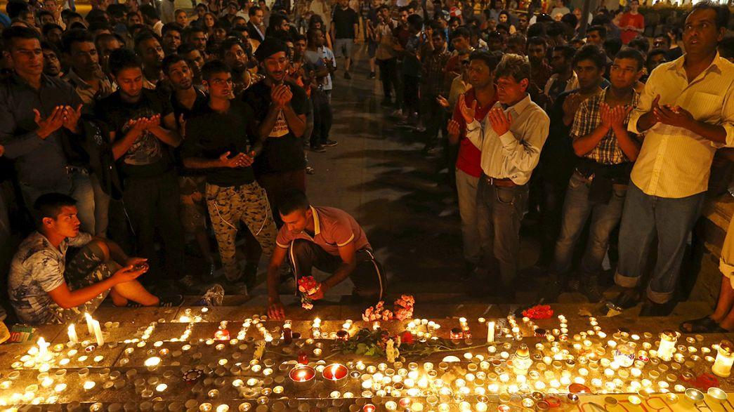 Kerzenmeer in Budapest: Gedenken an tote Flüchtlinge in Österreich