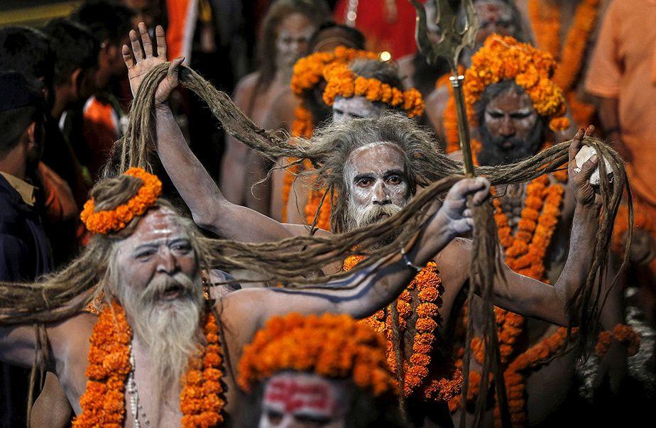 Festival religieux de la Kumbh Mela en Inde