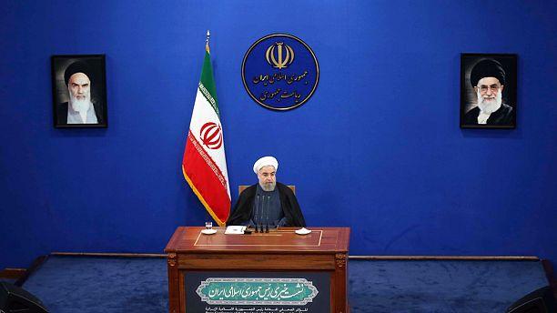 موضعگیری روحانی درباره موسوی و کروبی: باید مسائل را در چارچوب منافع ملی نهایی کنیم