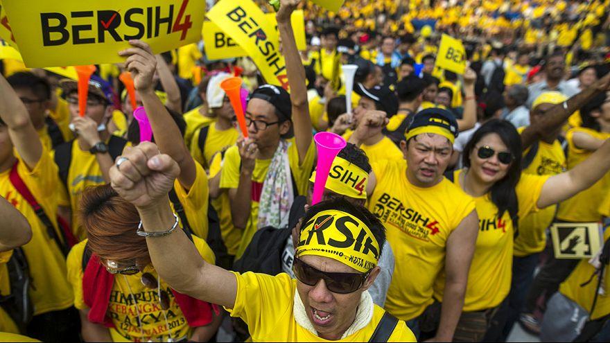 Malaios exigem demissão do primeiro-ministro